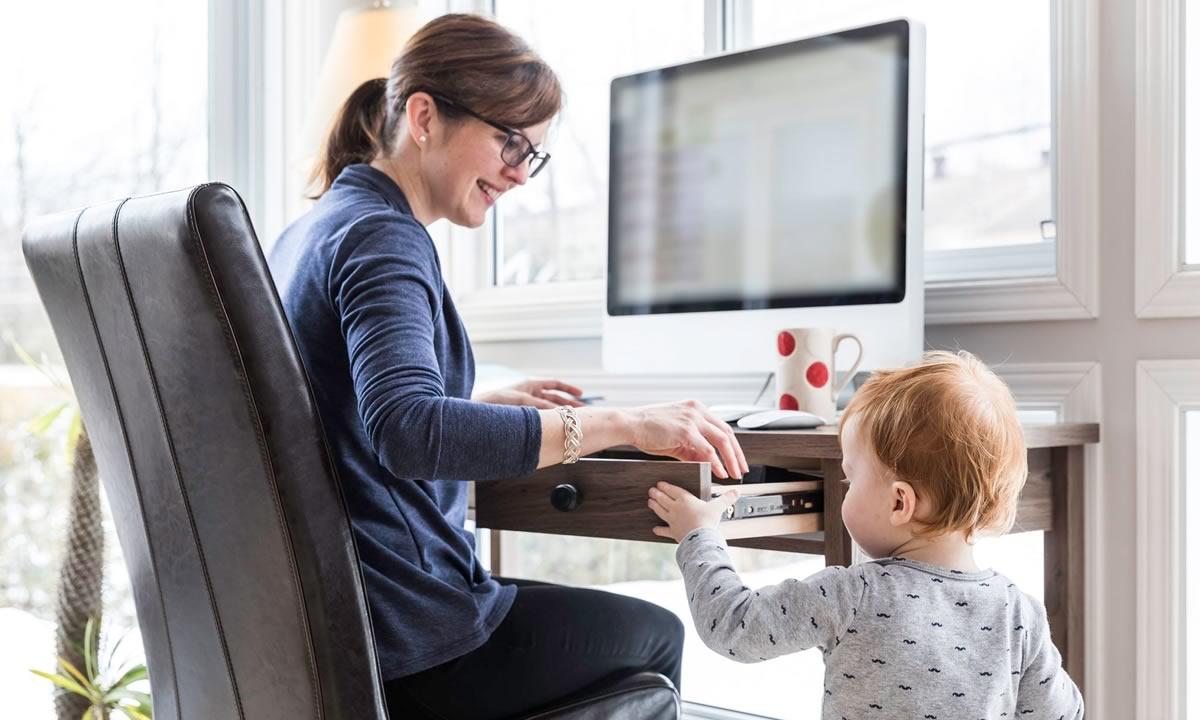 Donne in carriera con figli: è davvero possibile?